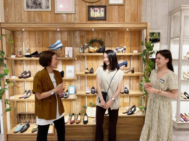 Charlotte by ABC-MART そごう千葉ジュンヌ店の画像・写真
